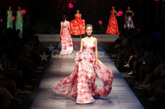 北京上演选秀赛事 打造百万年薪专属模特