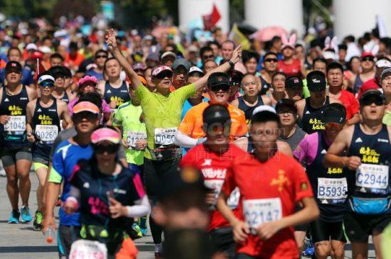 2017年北京马拉松完美收官