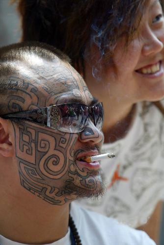 纹身标志爱好者聚济宁展现v纹身世界能的北京豆子美女图片