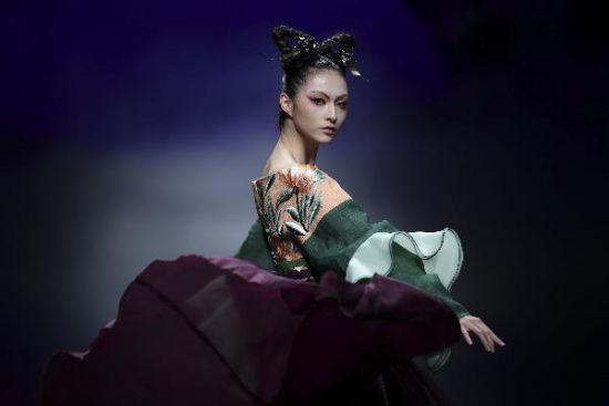 张义超创意作品发布会在北京举行